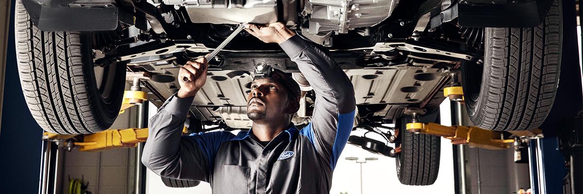 Ford Body Repairs near Me | Auto Body Shop near Medfield, MA