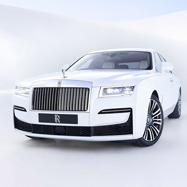 exterior frontal side view of Rolls Royce Ghost in white color